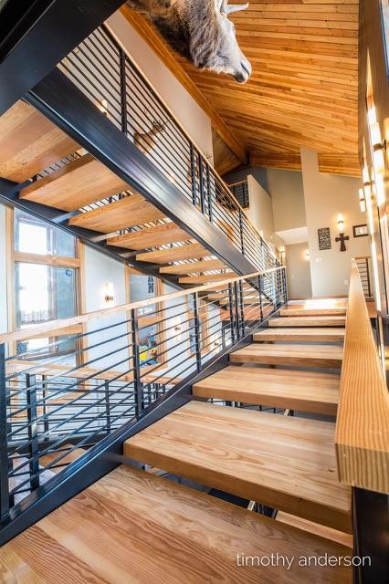 Enercept SIPs Helps Eliminate Wind Noise On Open Prairie Home